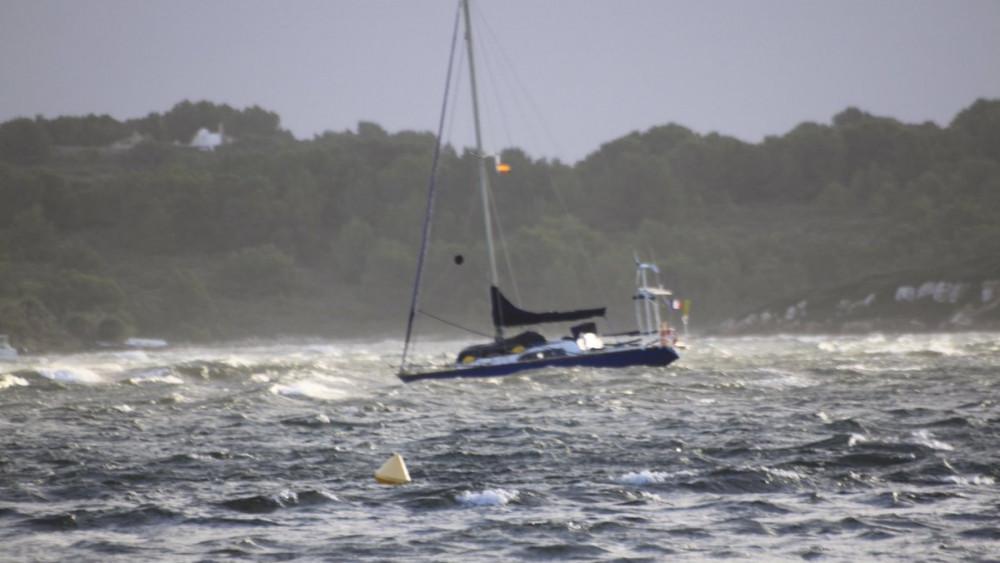 La mala mar dificultará el tráfico marítimo