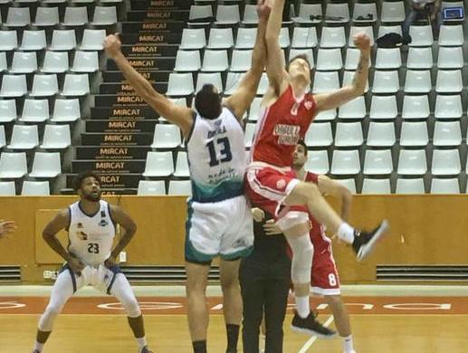 (Fotos) Dura derrota en Girona