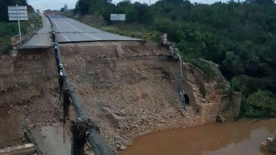 Varias carreteras de Mallorca han quedado inutilizadas para el tráfico después de las riadas
