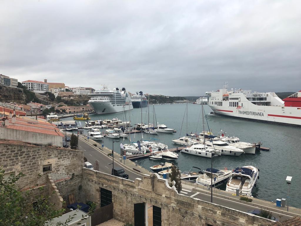 Imagen del puerto de Maó