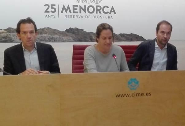 Marc Pons, Susana Mora y Eduardo Mainau coordinaron las principales tareas de recuperación del suministro eléctrico.
