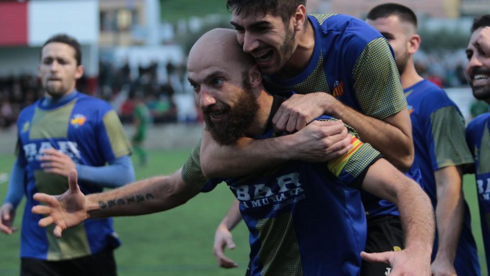 Celebración del gol de Calero (Fotos: Carlos Hurtado)