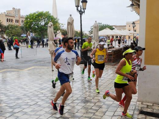 (Galería de fotos) Rafel Quintana y Maria Pallicer reinan en Ciutadella