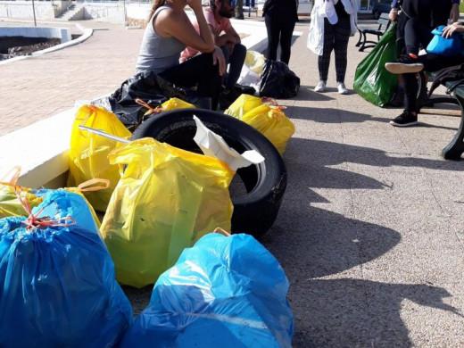 (Fotos) Beachclean Menorca recoge 750 kilos de basura de las playas