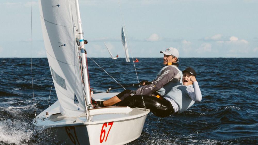 Los ganadores, en un momento de la regata (Fotos: Alfredo Esteban)