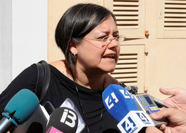 Cristina Gómez contesta.