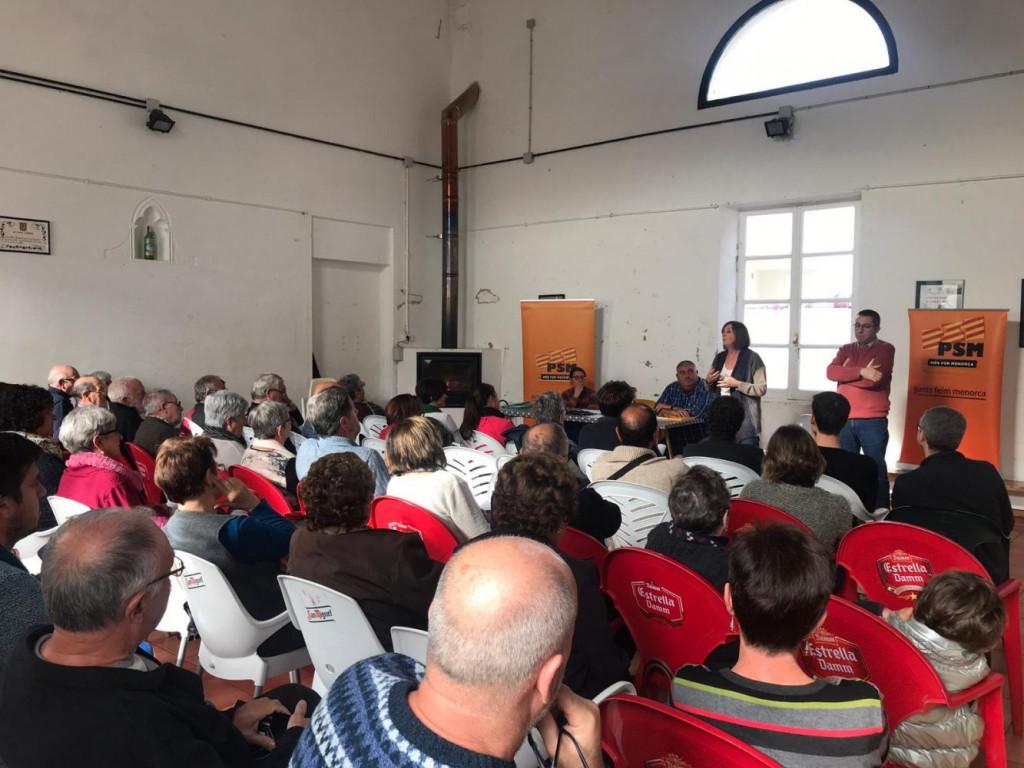 Imagen de la asamblea PSM-Més per Menorca