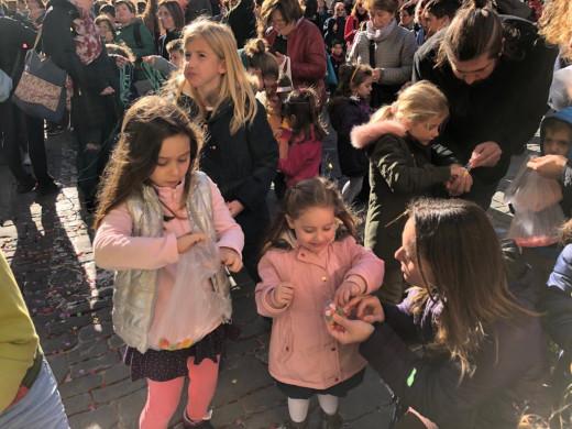 """(Fotos) """"Mestre Roc"""" pone el reloj de Maó a punto para las campanadas infantiles"""