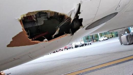 Imagen del agujero en el avión.