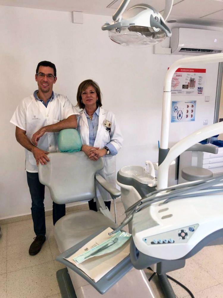 Colaboran los servicios de Oncología y de Cirugía Maxilofacial del Hospital Mateu Orfila y los equipos de odontología e higiene dental de la atención primaria