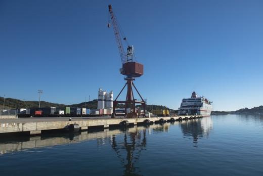 "Muelle del ""Cós Nou"" en el puerto de Maó (Foto: Autoridad Portuaria)"