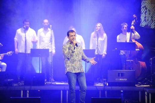 Cris Juanico, en un momento del concierto (Foto: Tolo Mercadal)