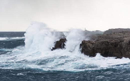 Temporal en la costa de Menorca (Foto: Mikel Llambias)