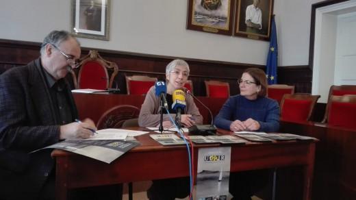 La alcaldesa de Maó, Conxa Juanola, el director de la UIMIR, Josep Maria Fullola, y la coordinadora científica del IME, Fina Salor, en el acto de presentación