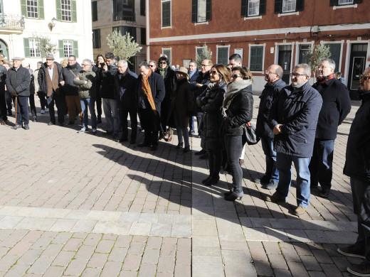 (Fotos) Ofrenda del PP y Ciudadanos a la estatua de Alfons III