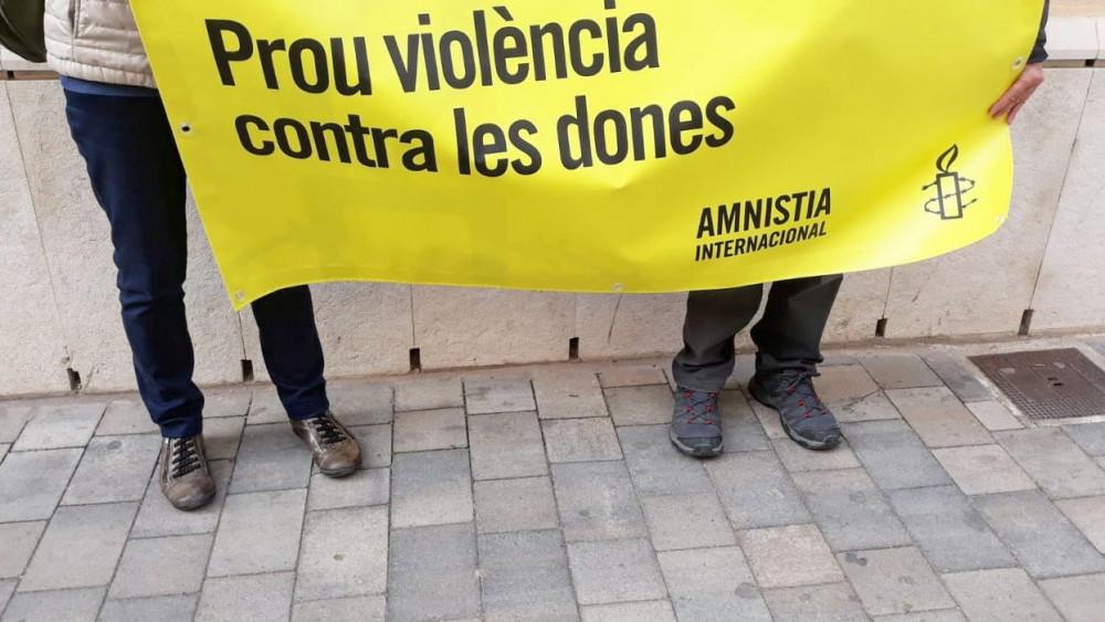 Pancarta en contra de la violencia de género