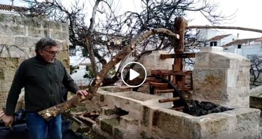 """La rueda de madera se contruyó en el taller de Pedro """"S'arader"""""""