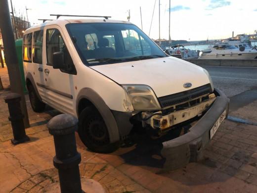 (Fotos) Nuevo accidente en el puerto de Maó