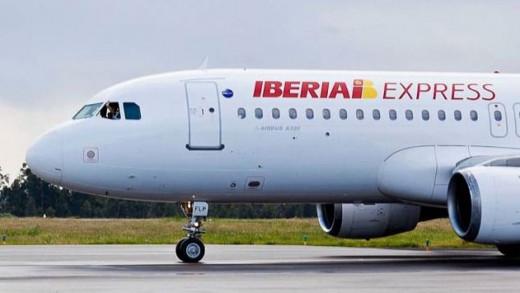 Avión de Iberia Express.