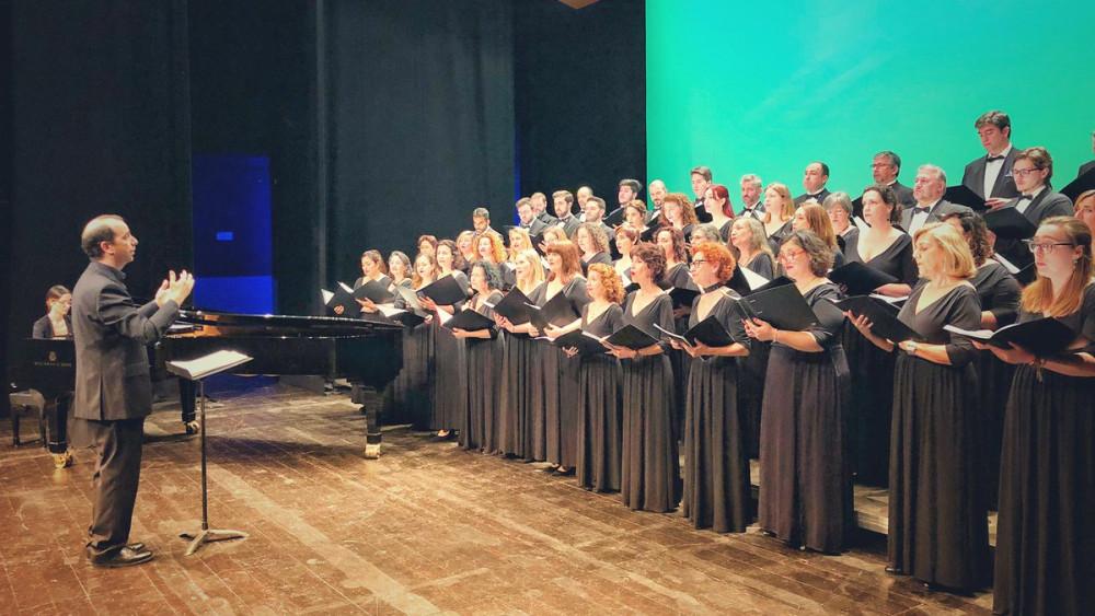 Momento del concierto en el Principal de Maó (Fotos: TP Maó y TP Palma)