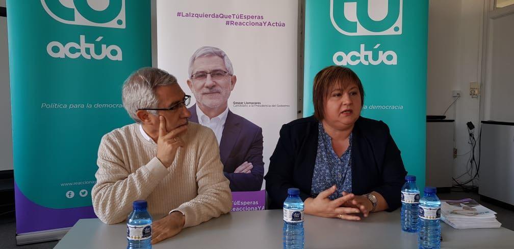 Llamazares, junto a Seijas, en Ciutadella.
