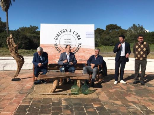 """(Fotos) José Antonio Donaire: """"poned la ética en el centro de la estrategia turística de Menorca"""""""
