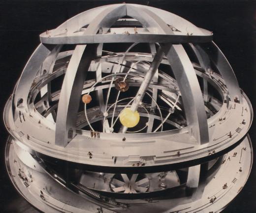 La esfera armilar es un gigantesto instrumento de astronomía