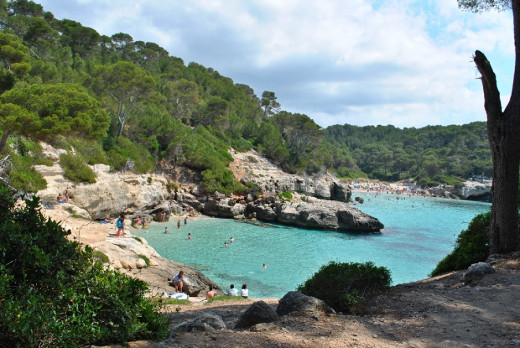 Las playas del sur de Ciutadella constituyen algunas de las zonas con más visitas de la isla