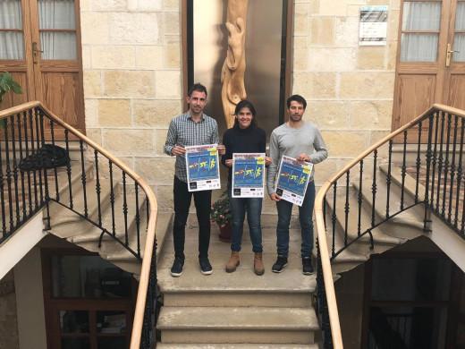 El concejal Rafel Quintana, Lucien Paul , presidenta de Lô Esport, y Paco Arnau, coordinador de Lô Esport, en la presentación.