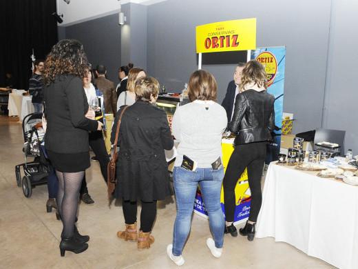 """(Fotos) 500 personas disfrutan del primer """"Showroom de Vinos & Gourmet"""""""