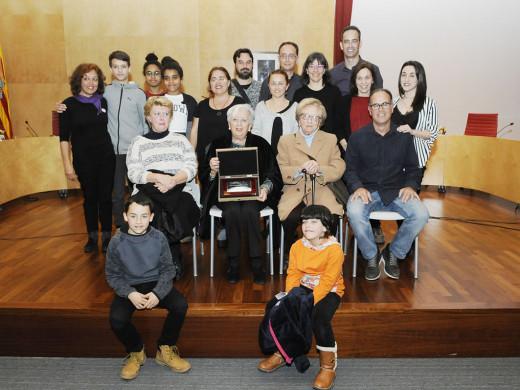 (Fotos) Reconocimiento póstumo a Maria Mercadal