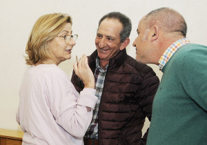 Sugrañes, junto a Jaume Moll y J. Ramón de Olivas de la asociación ganadera.