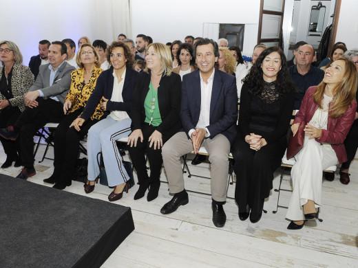Una arropada Águeda Reynés oficializa su candidatura en Maó