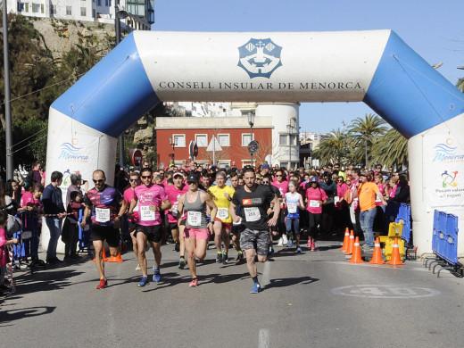 (Galería de fotos) Menorca corre por una causa solidaria