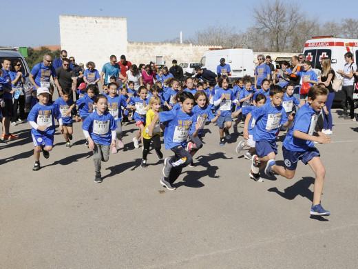 (Fotos) Menorca corre por una causa solidaria