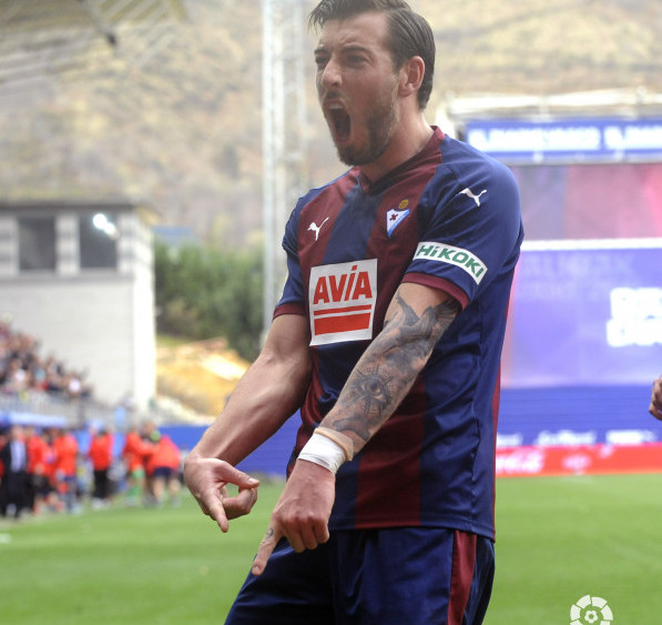 Enrich, celebrando el gol (Fotos: laliga.es)
