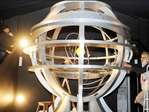 (Fotos) Instalan la Esfera Armilar en el Lazareto de Maó
