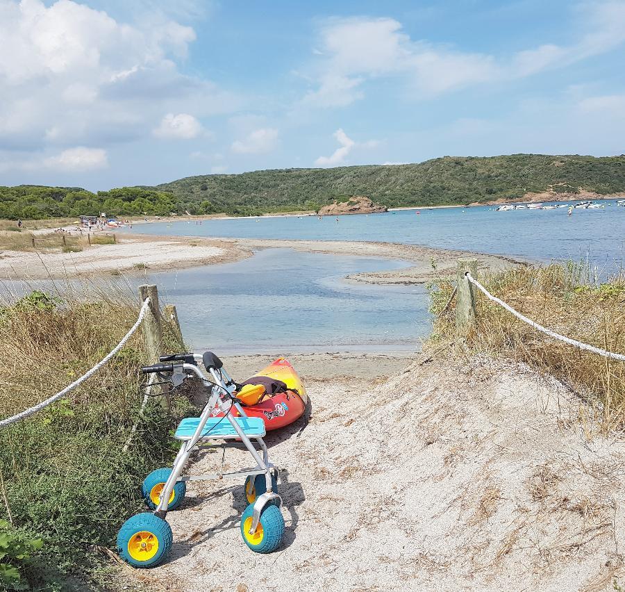 Imagen de la playa Es Grau.