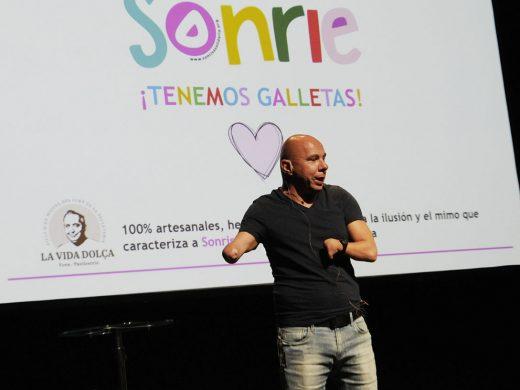 """Todo un campeón para la """"Sonrisa Solidaria"""""""