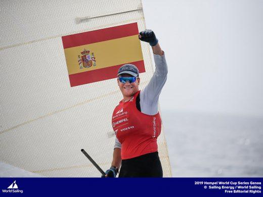 (Fotos y vídeo) Joan Cardona logra el bronce en la Copa del Mundo de Finn