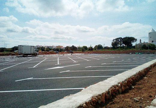 En la zona se crean 120 nuevas plazas de aparcamiento.