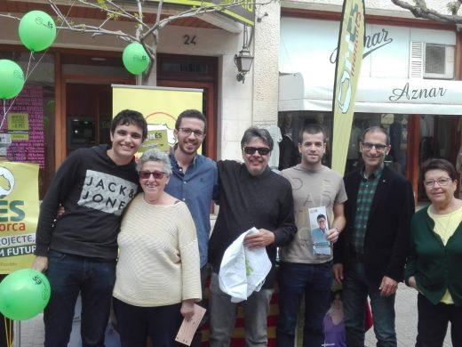 (Fotos) La campaña electoral se planta en la calle