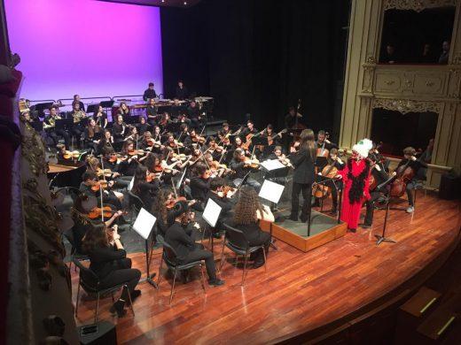(Fotos) Los alumnos del Conservatorio toman el Principal