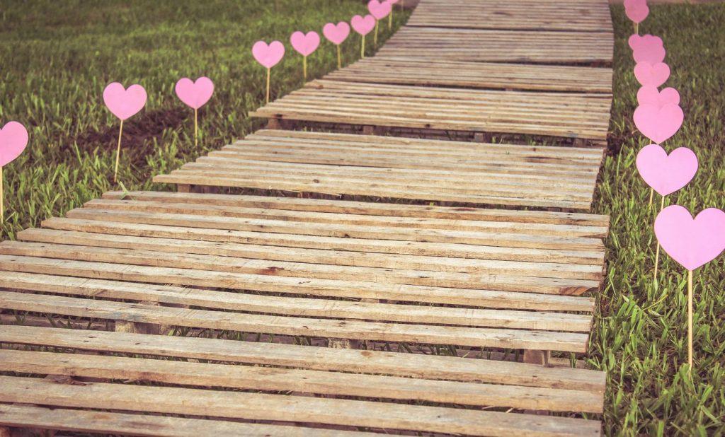 Camino-Pixabay