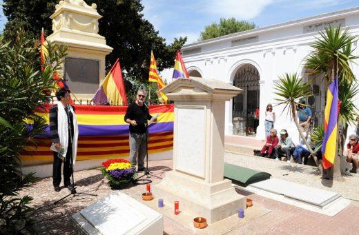 Homenaje  a la II República.