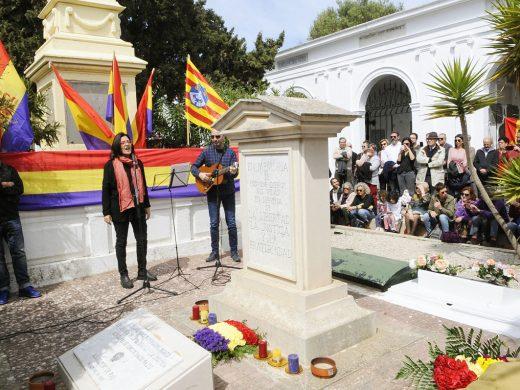 (Fotos) Menorca recuerda el 14 de abril de 1931