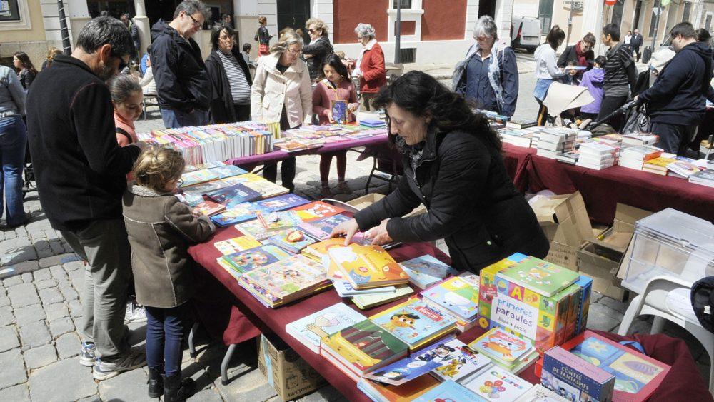Este año no podremos disfrutar de las paradas de libros en Menorca