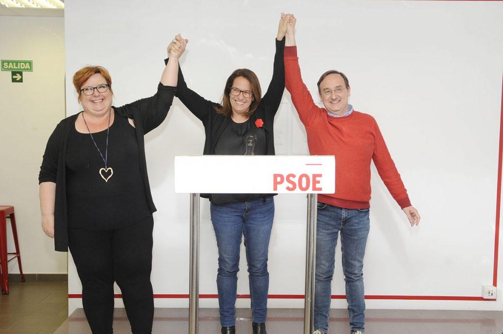Imagen del triunfo en la sede del PSOE (Foto: Tolo Mercadal)