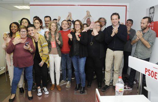 En la sede del PSOE de Menorca celebran los resultados