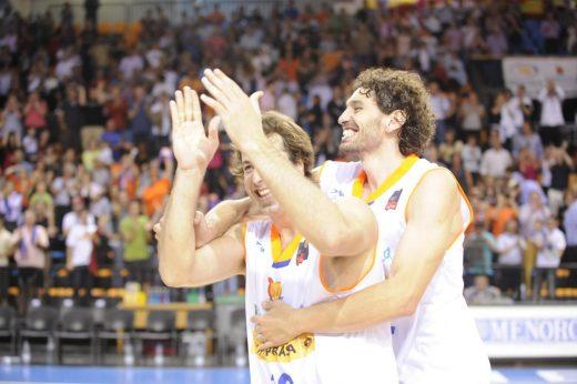 Urko Otegui, junto a Diego Sánchez, en una anterior etapa en Menorca (Foto: Tolo Mercadal)